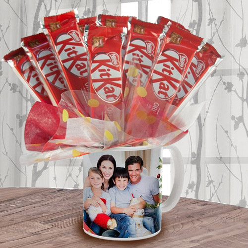 Exclusive Bouquet of Kitkat in Personalized Coffee Mug