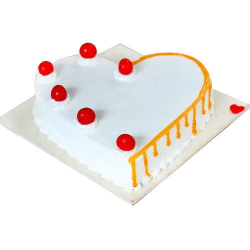 Special Vanilla Cake in Heart-Shape