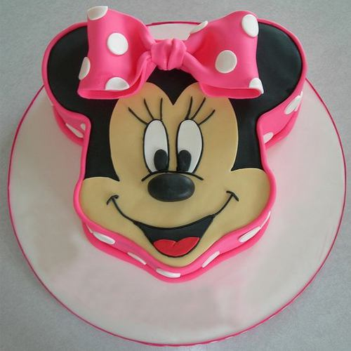 Satisfying Kids Special Minnie Mouse Shaped Cake