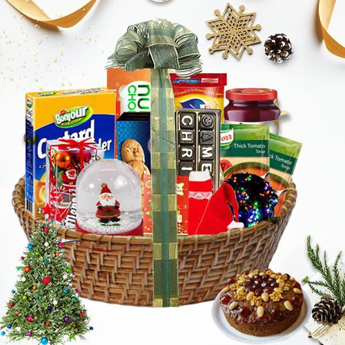 Eye-Catching Christmas Traditional Hamper