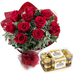 Yummy Ferrero Rocher with Red Roses Bouquet