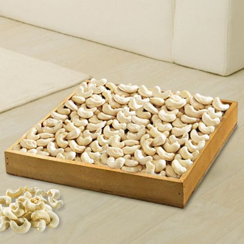 Satisfying Cashews in Wooden Tray