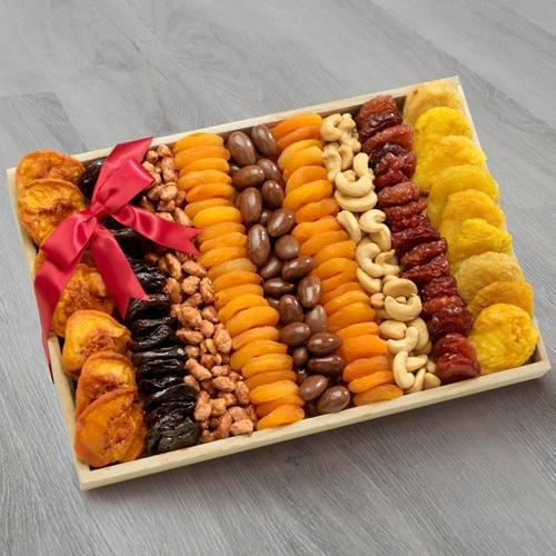 Delicious Dried Fruits and Nuts Gift Tray