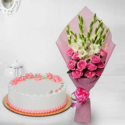 Lovely Roses n Gladiolus Bouquet with Strawberry Cake