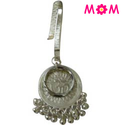 Artistically Designed Sliver Plated Key Chain for Ladies