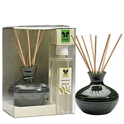 Exclusive IRIS Green Tea Reed Diffuser