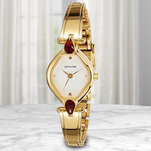 Amazing Sonata Analog Womens Watch